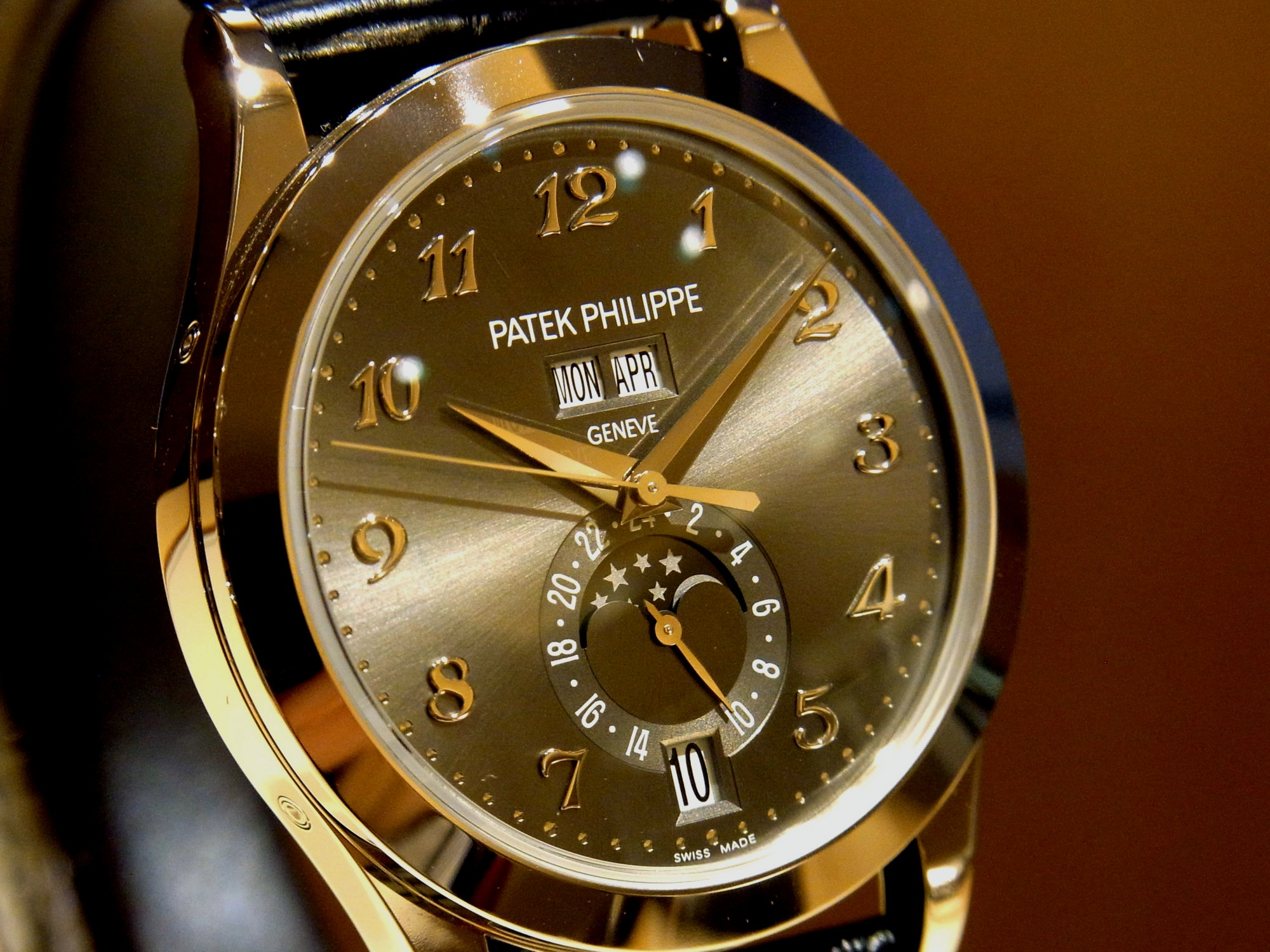 competitive price 0eab6 d9076 Patek Philippe Floorブログ | パテック フィリップの年次 ...